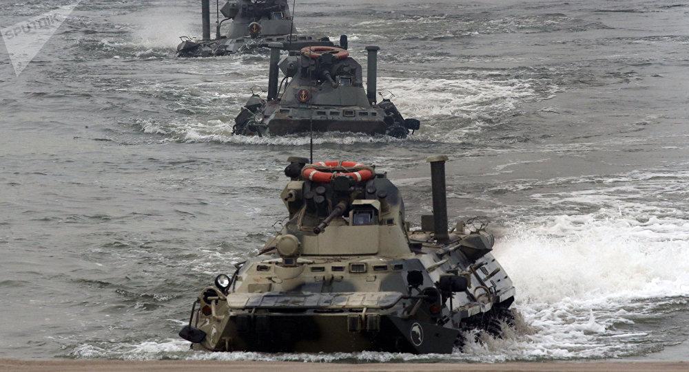 Maniobras de la Infantería de Marina de Rusia en la región de Kaliningrado