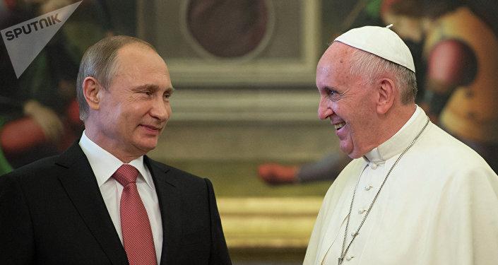 Presidente de Rusia, Vladímir Putin, y papa Francisco
