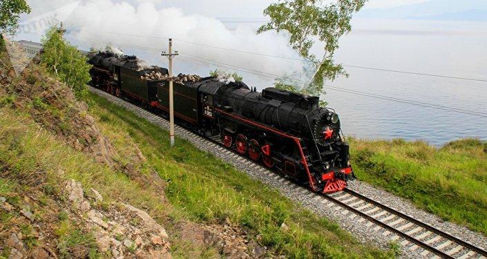 Un tramo del ferrocarril Transiberiano (archivo)