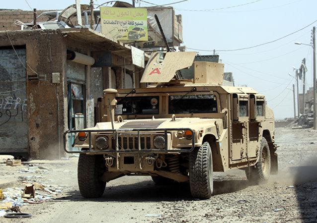 Un vehículo militar de producción estadounidense usado por las FDS (archivo)