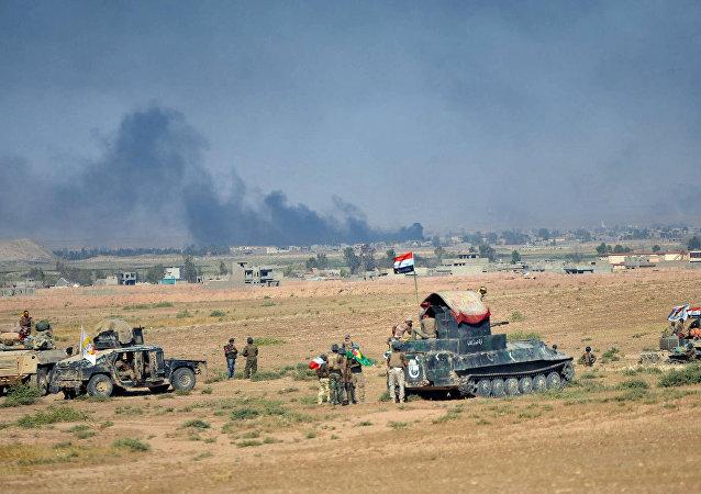 Tropas iraquíes cerca de Tal Afar, Irak