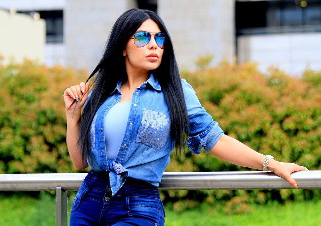Aryana Sayeed, la 'Kim Kardashian' de Afganistán