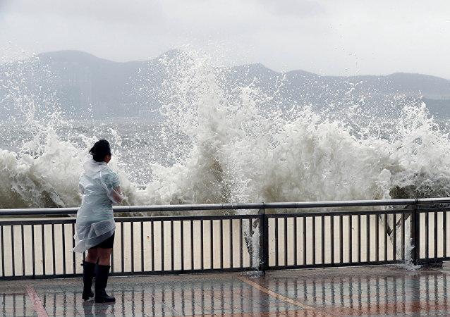 Tifón Hato llega a China