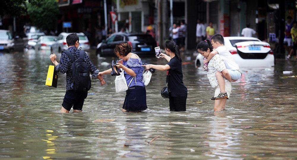 Imágenes impactantes del paso del tifón Hato — Macao