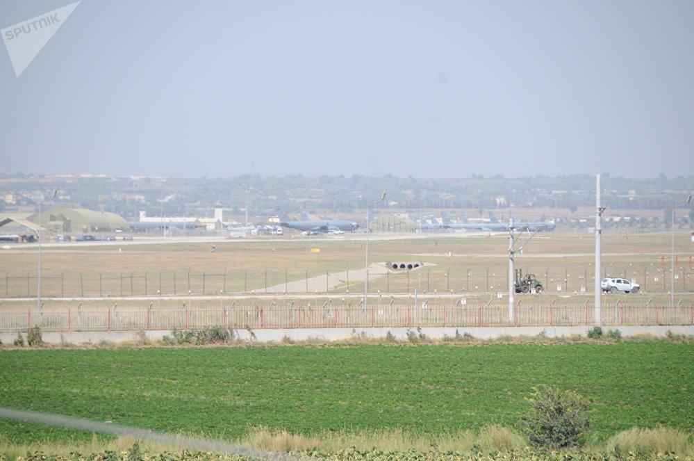 Los aviones militares, en la base de Incirlik