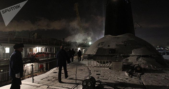El submarino nuclear ruso Dmitri Donskoi