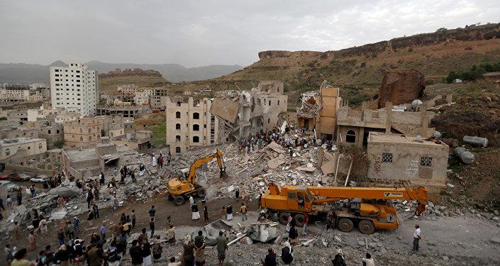 Bombardeo en Saná, Yemen (archivo)