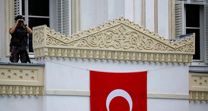Un policía turco (imagen referencial)