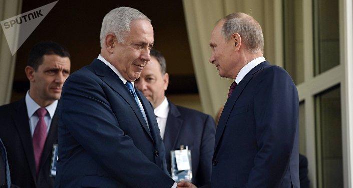 Primer ministro de Israel, Benjamín Netanyahu, y presidente de Rusia, Vladímir Putin