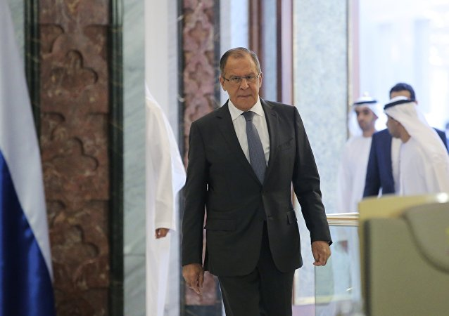 El ministro de Asuntos Exteriores de Rusia, Serguéi Lavrov, durante su visita a Abu Dabi, EAU