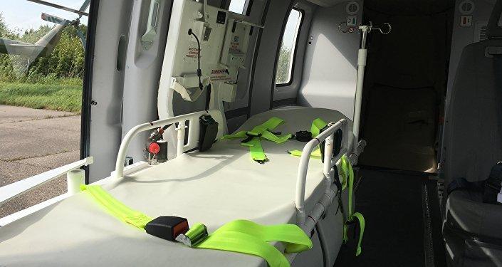 El interior de la versión médica del helicóptero Ansat