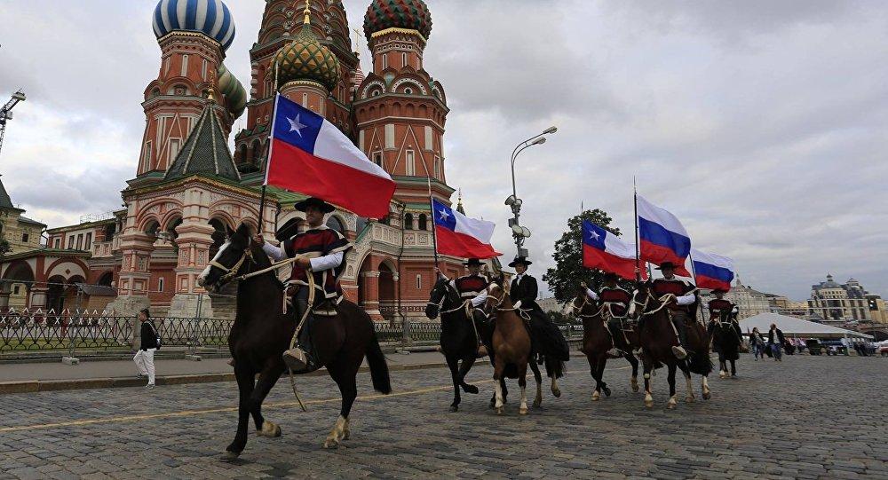 La Escuadra Ecuestre de Palmas de Peñaflor de Chile participa en el Festival Internacional de Música Militar Torre Spásskaya 2017