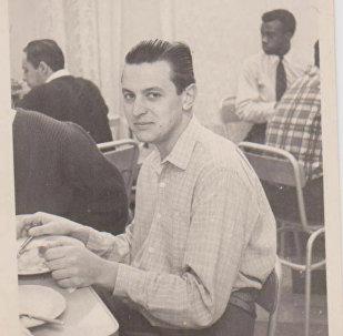 Vladimir Roslik durante sus años de estudiante en Moscú