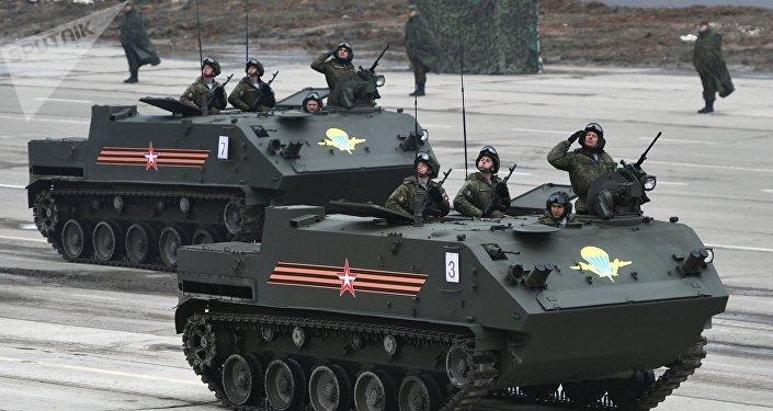 Ensayo de los equipos militares rusos