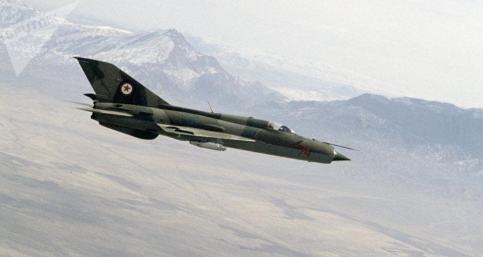 Un MiG-21 (imagen referencial)