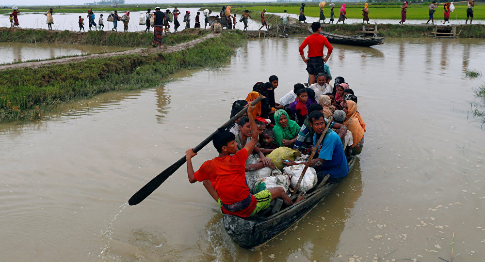 Por lo menos 12 rohingyas mueren al naufragar barco en Bangladés