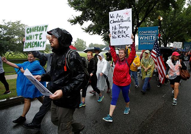 Manifestantes de Charlottesville al llegar a Washington, EEUU