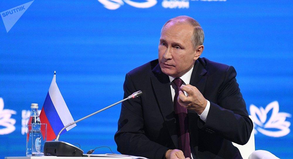 Donald Trump no es mi novia: Putin