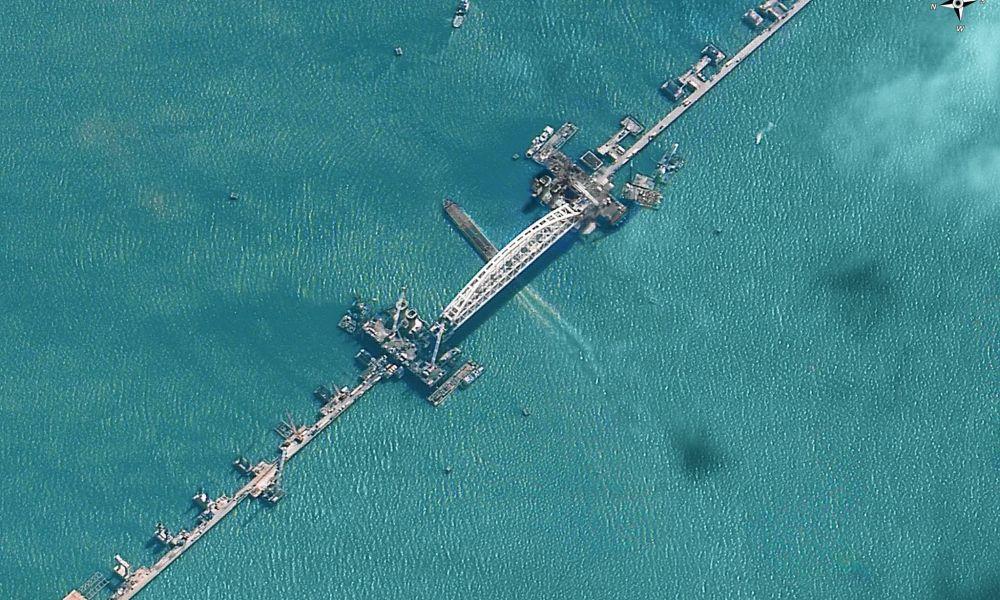 El grandioso puente de Crimea, visto desde el espacio
