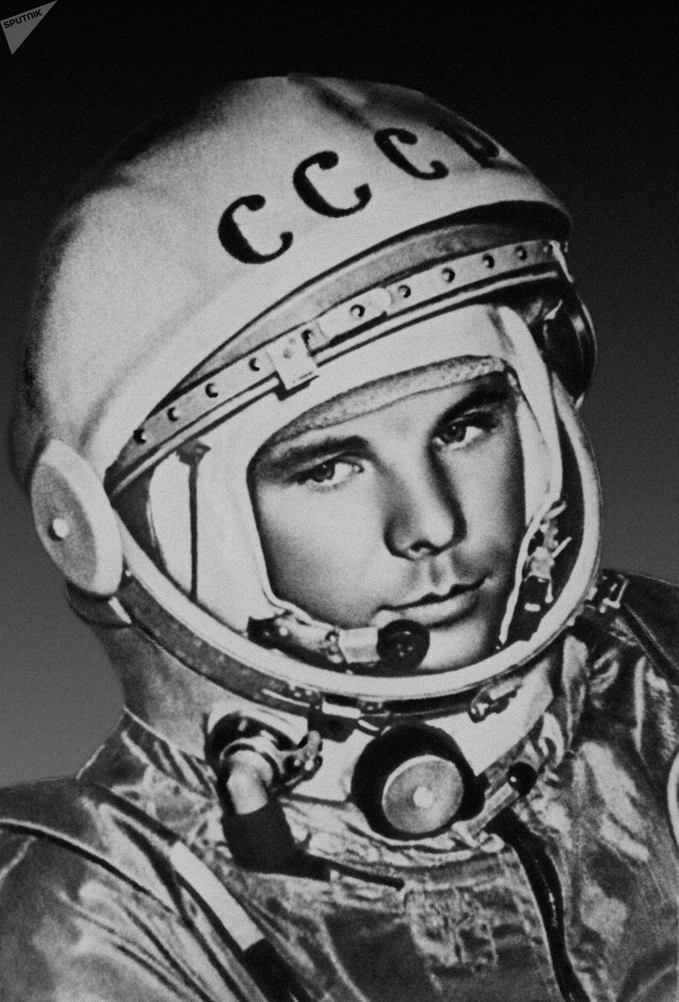 Yuri Gagarin antes de partir al cosmos