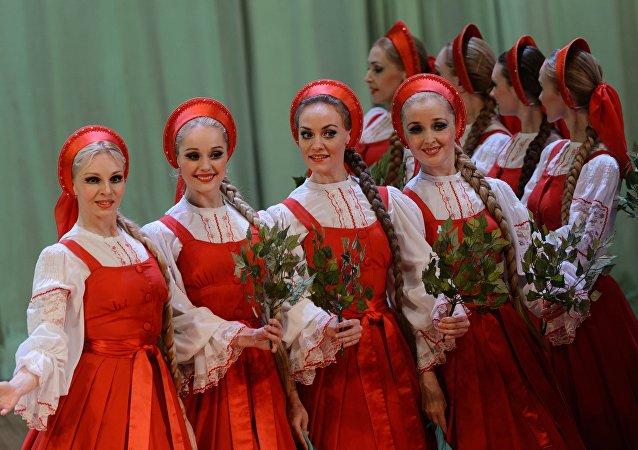 La banda rusa folclórica Berezka