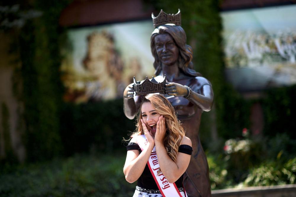 La nueva Miss América y sus rivales
