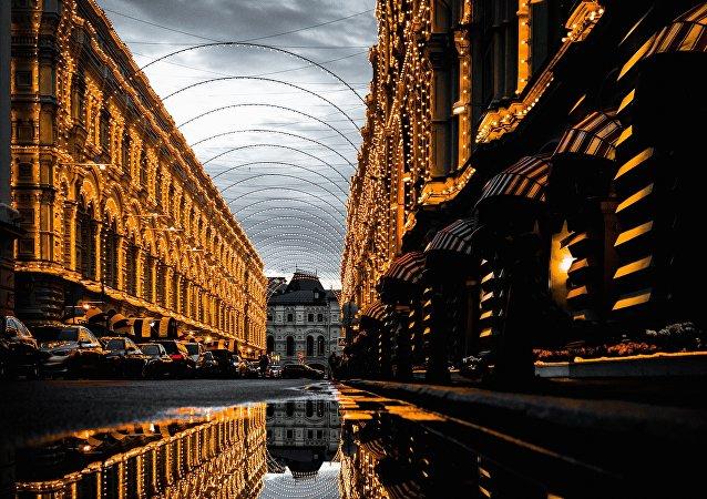 El edificio histórico de GUM, centro comercial cerca del Kremlin de Moscú, Rusia (imagen referencial)