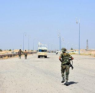 Un militar del Ejército sirio en Deir Ezzor