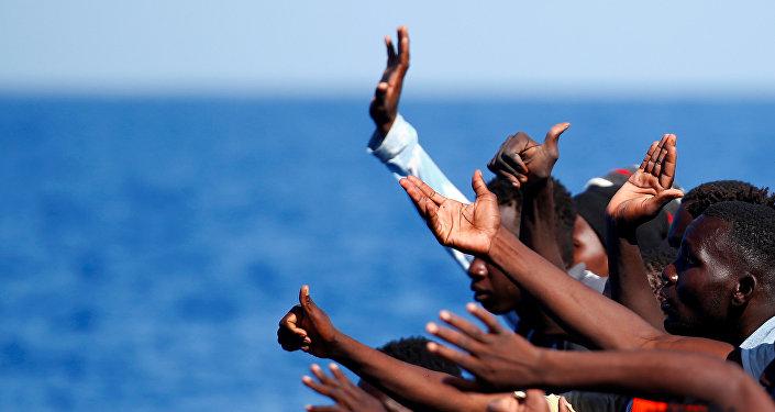 Los migrantes en el Mediterráneo (archivo)