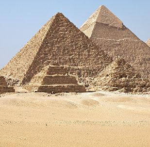 Las pirámides de Guiza