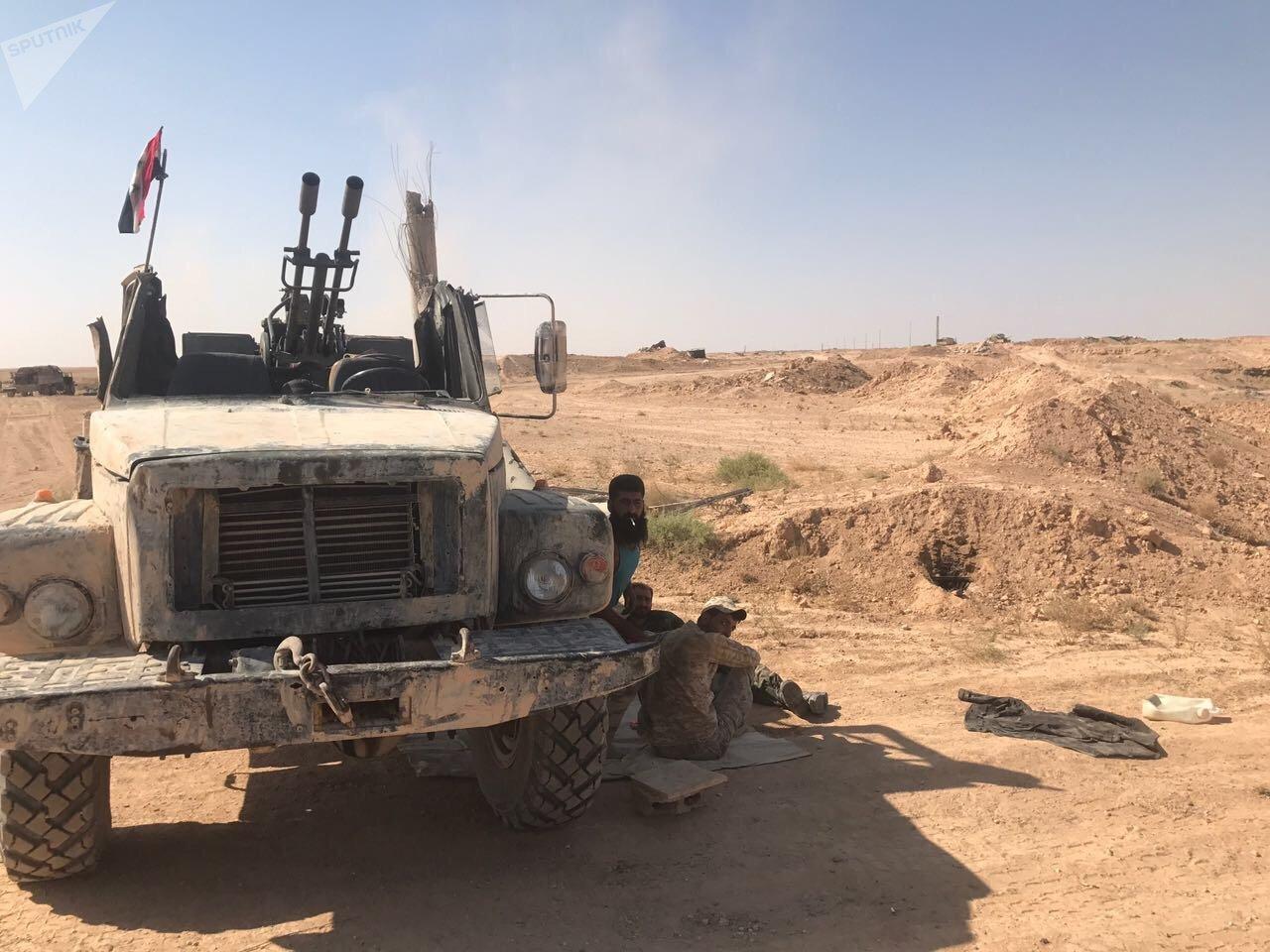 Ejército sirio rompe cerco del Estado Islámico en Deir al Zur