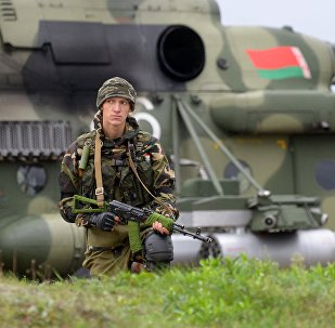 Militar bielorruso durante los ejercicios militares ruso-bielorrusos Zapad 2017