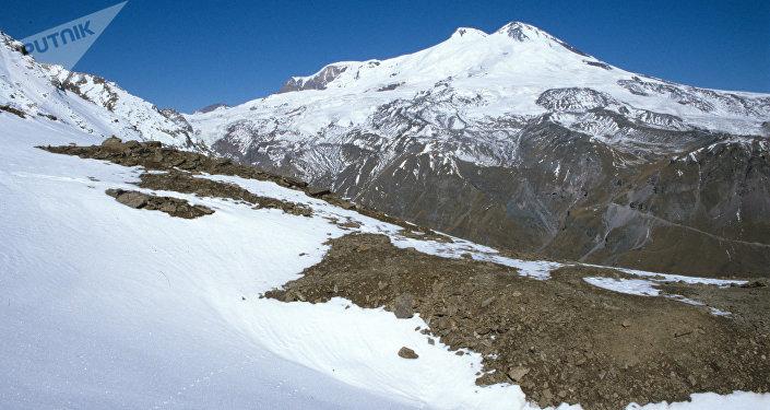 Monte Elbrús (archivo)