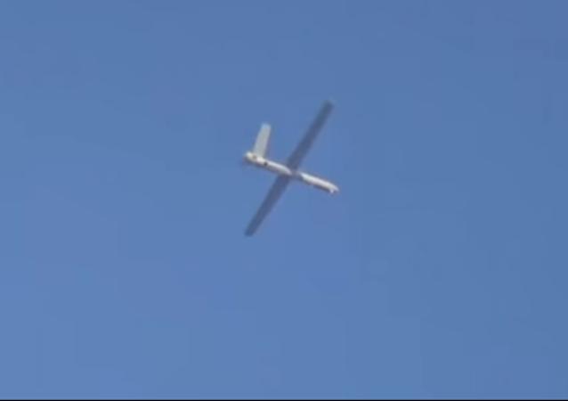 El dron ruso Orion durante una misión en Siria (captura de pantalla)