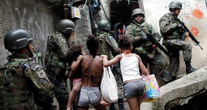 Fuerzas Armadas de Brasil en la favela Rocinha de Río de Janeiro