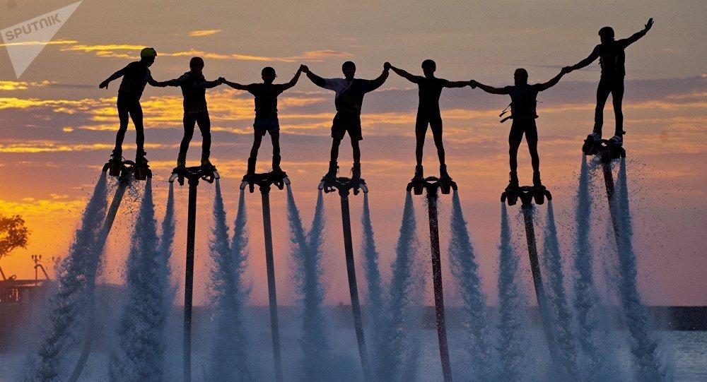 El campeonato de 'Flyboard' en Rusia