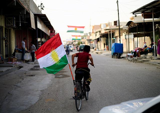 La bandera de Kurdistán