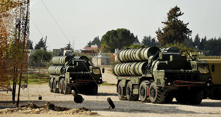 Sistemas antiaéreos S-400 Triumf