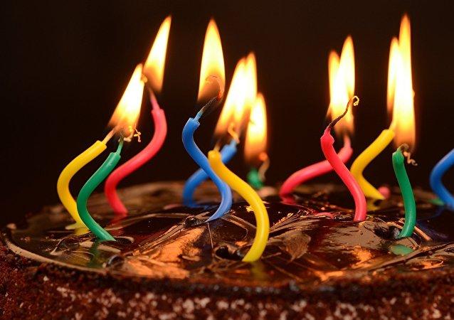 Un pastel de cumpleaños