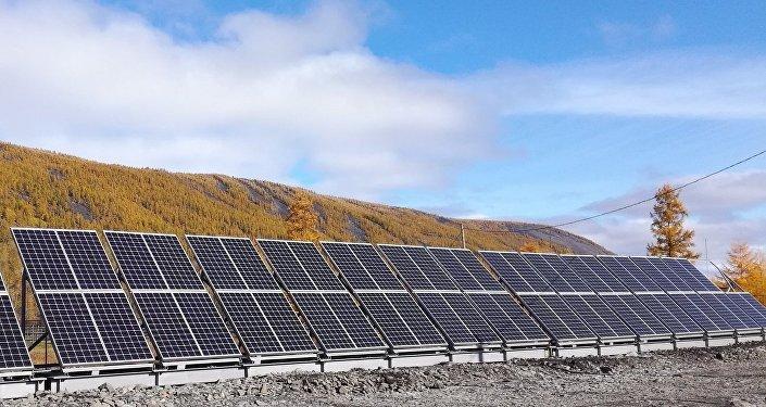 Una central solar en la aldea de Sebian-Kuel, en la república de Yakutia