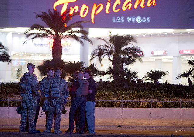 Agentes de FBI tras el tiroteo en Las Vegas, EEUU (archivo)