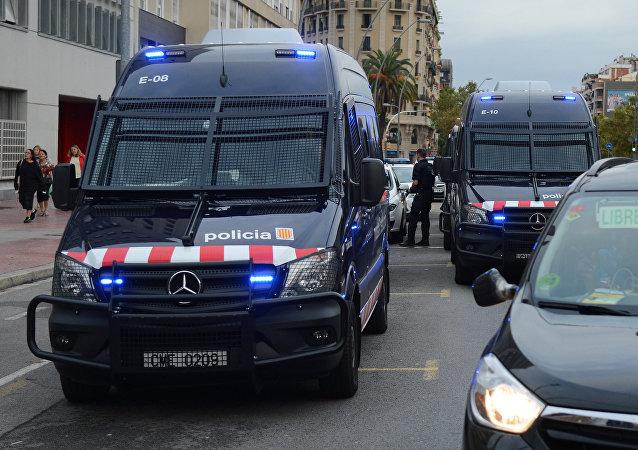Policía de España durante el referéndum en Cataluña (archivo)