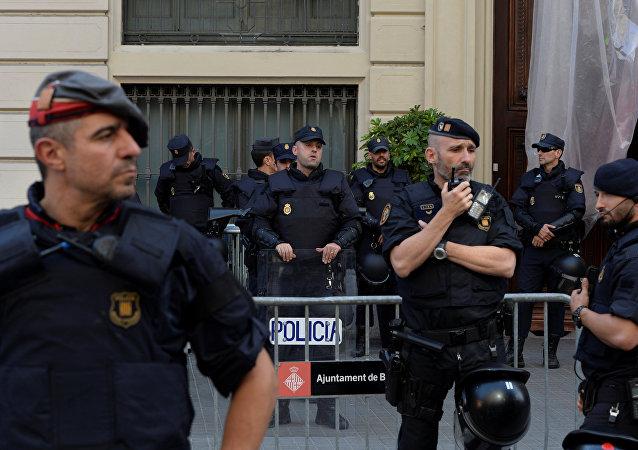 Policía Nacional española en Cataluña
