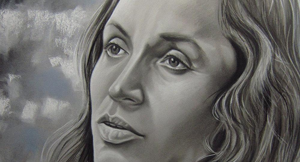 Un mural con la cara de Violeta Parra