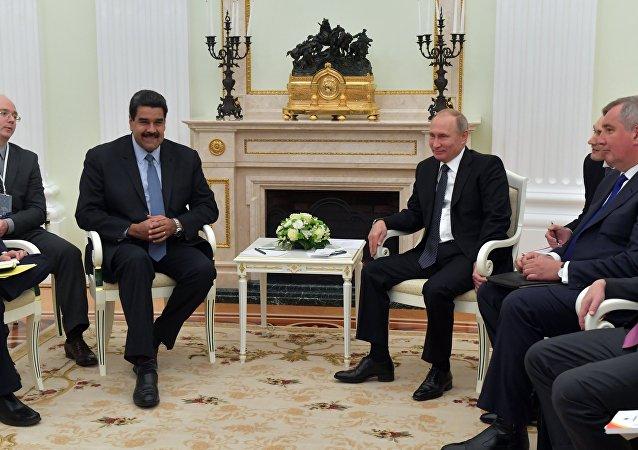 Nicolás Maduro, presidente de Venezuela y Vladímir Putin, durante su reunión en Moscú, Rusia
