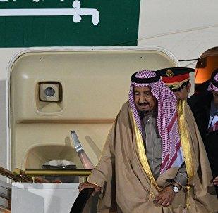 El rey de Arabia Saudí, Salman bin Abdulaziz Saud, llega a Moscú, Rusia