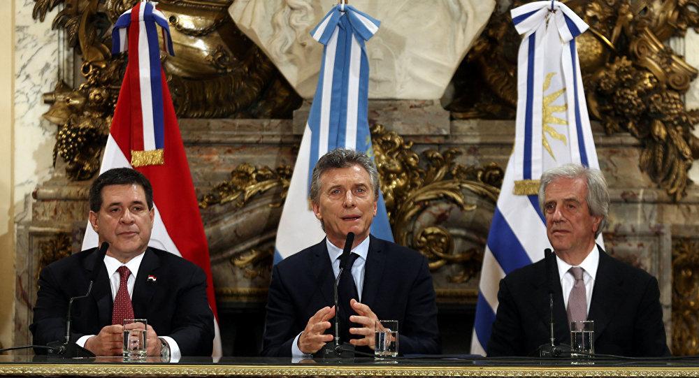 Argentina, Uruguay y Paraguay, postulados para el Mundial 2030