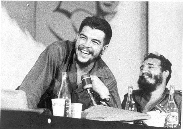 El Che Guevara y Fidel Castro