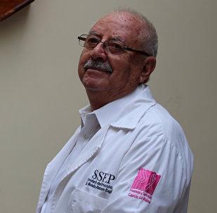 Moisés Abraham Baptista, médico boliviano