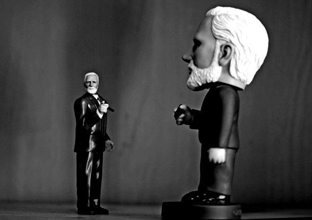 Estatuillas de Sigmund Freud, el padre del psicoanálisis